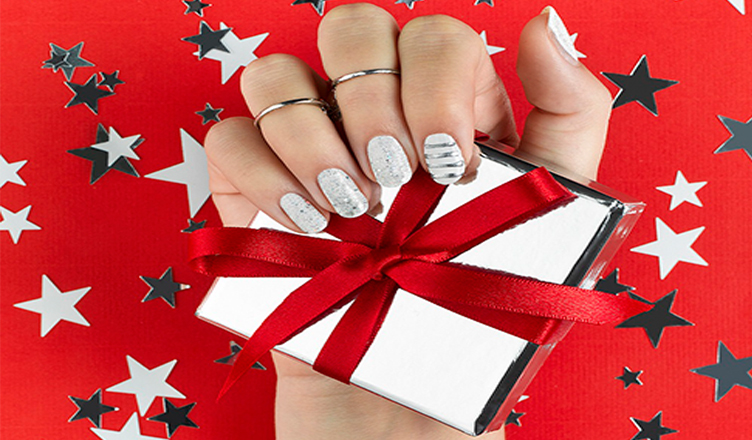 Cute Christmas Nail Art Designs